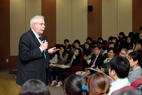 Senator Gravel discusses the Korean National Initiative in Busan, South Korea June 13th, 2009 by Robert Cottone