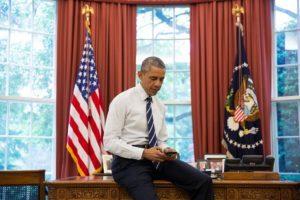 President Obama In Oval Office
